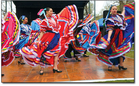 Balle Folklorico in action.